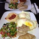 Effy's Cafe resmi