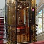 ascenseur d'époque 1930
