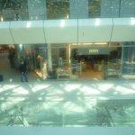 Vue sur la galerie de l'aéroport