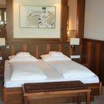 Bett Suite Elegance