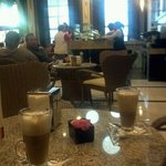 Capuccino cafe, um dos melhores lugares do hotel o brownie e excelente