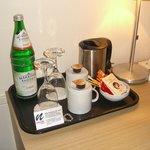 Agua y té gratis