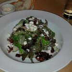 Salad with dried cherries