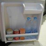 フリーの冷蔵庫の飲み物