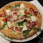 Pizza & Cava