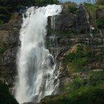 washiratarn falls