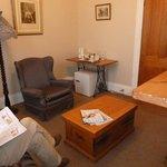 Room 5 lounge