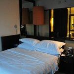 guestroom (room 2721)