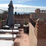 terrasse(2ème étage = salon en terrasse + 3ème étage= solarium)