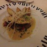 Plat principal : Saumon frais avec accompagnement de pomme de terre cuites