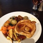 Sunday Roast at 3pm. Not great selection for £8.95 per head. Tasted good thoug