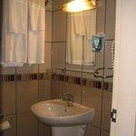 Baño habitación 402