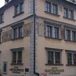 Hotel U Tri Pstrosu (At the Three Ostriches)