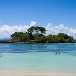Vista a la isla desde la playa privada