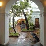 The open courtyard-Carte Blanche