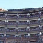 Die Frontseite des Hotels