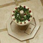 Fontana con rose fresche !