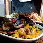 Tagliatelle ai frutti di mare e Calamaretti alla Romana