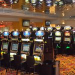Over 100 slotmachines..