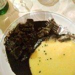 Seppie nero con polenta