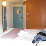 camera  e bagno esterno(il muro che fa angolo)