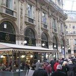 Si Bar and Restaurant Milan