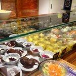 Banco dei dolci e frutta