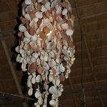 Shelve lamps
