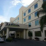 Radisson Leon front view