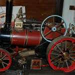 Traction  engine hand made by Kelvin