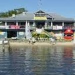 Noosa Yacht Club opp the motel