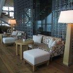 30F Lounge