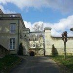 Entrée du château de Targé