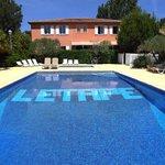 la bastide côté piscine