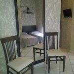 Photo de Hotel Oasis