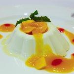 Panacotta with Mango Sauce