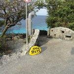 1000 Steps dive site marker