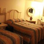 Kid's Room (2 Double Beds)