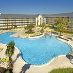Avanti Resort Pool