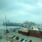 This close to Pleasure Pier but no road noise.
