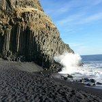 Beach (basalt columns)