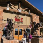 Big E Steakhouse & Saloon Foto