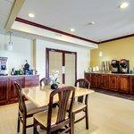 BEST WESTERN Geneseo Inn Foto
