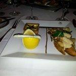 Piatto di pesce persico e altro