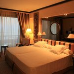 Premium scathedral sea view room