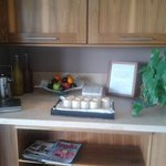 Free juice, water, magazines in the relaxation room.