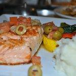 Salmon a la Veracruz