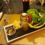 Das Auge isst mit, sehr schöne Anrichtung der Salate