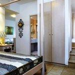 Mythos Honeymoon Suite