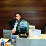 Don Agustín en la recepción - el jefe lindo